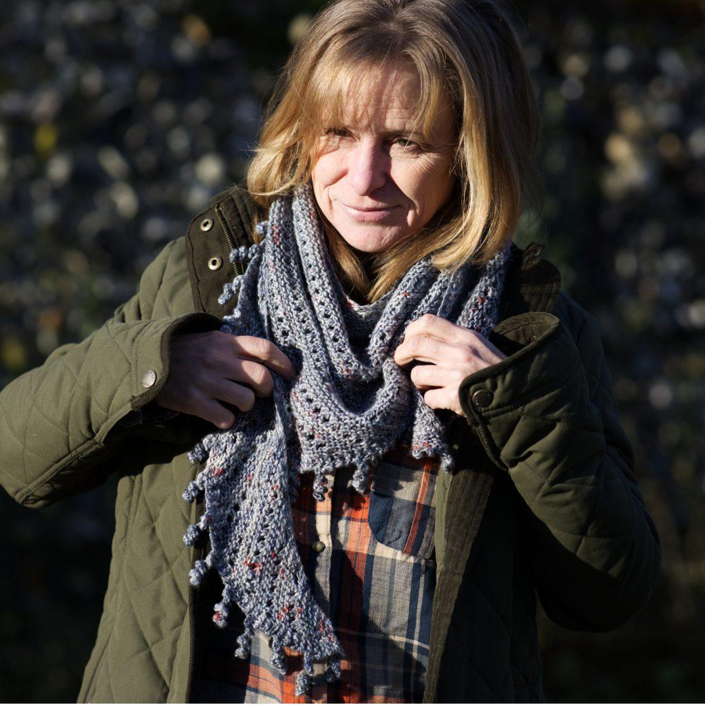 Tassel knitted shawl pattern